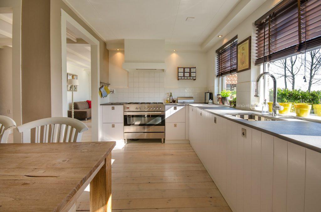 Küchengeräte und Helfer